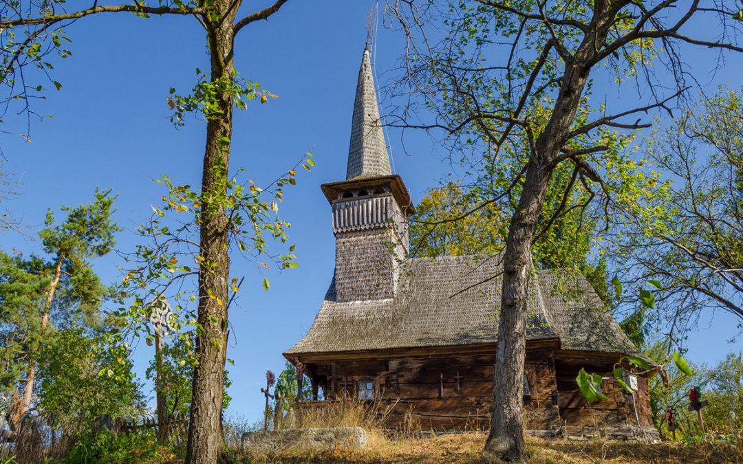 """Biserica de lemn """"Sfinţii Arhangheli"""" din Săpâia"""