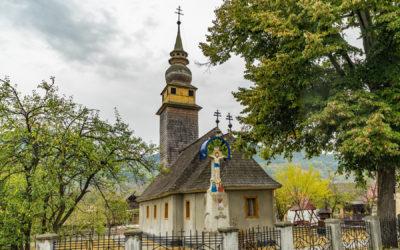 """Biserica de lemn """"Sf. Nicolae"""" din Valea Chioarului"""